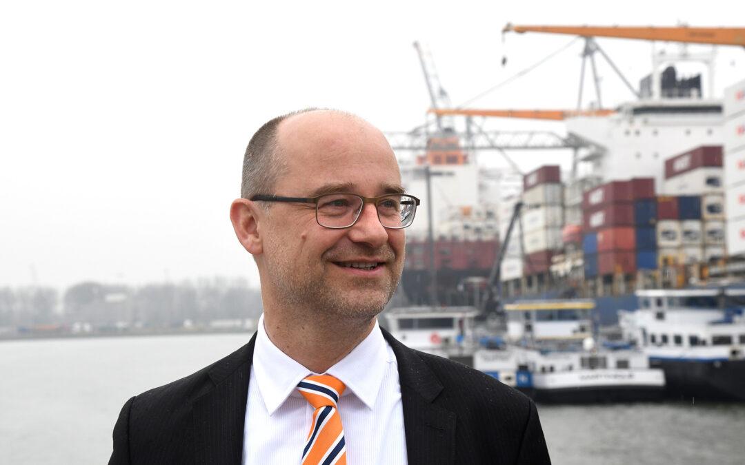Havenbedrijf Rotterdam en SmartPort verlengen financiering leerstoel TU Delft